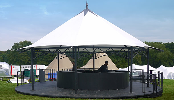 bandstand-with-bar
