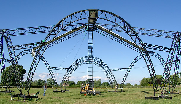 glastonbury stage build